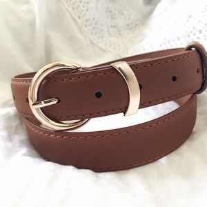 Classic Round Buckle Tan Leather Belt